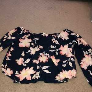 Off the shoulder Billabong flower blouse